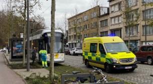 Trams botsen op Gitschotellei: twee gewonden, tramverkeer ligt stil
