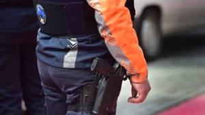 Politie brengt gestolen portefeuille terug nog voor slachtoffer iets doorheeft