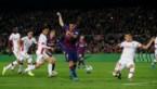 Doelpuntenkermis in Camp Nou, maar de mooiste goal van allemaal was dit sublieme hakje van Luis Suárez