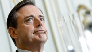"""De Wever: """"Beels is vrij om een eigen mening te hebben"""""""