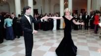 Iconische jurk van prinses Diana raakt dan toch verkocht