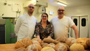 Schorvoort verliest in één klap twee bakkerijen