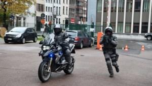 Nieuw bij Antwerpse politie: zwaarbewapende teams op de motor