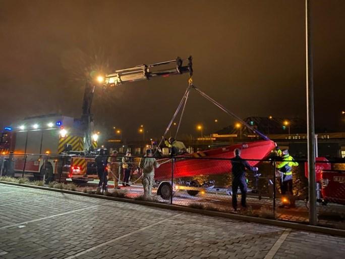 Zoekactie in Lobroekdok naar mogelijk voertuig en slachtoffer afgeblazen