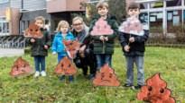 Basisschool Polderstad in actie tegen vuile veldjes: 'Triestig kakje' tegen hondendrollen