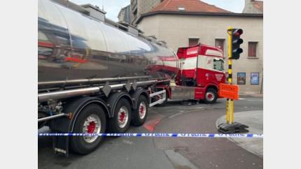 Opnieuw fietser gewond op kruispunt Bredabaan, verbod op komst voor vrachtwagens om af te slaan