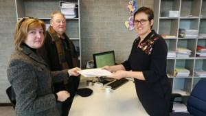 """Actievoerders verzamelen 400 handtekeningen tegen tractorsluis: """"In drie maanden verkochten we één auto"""""""
