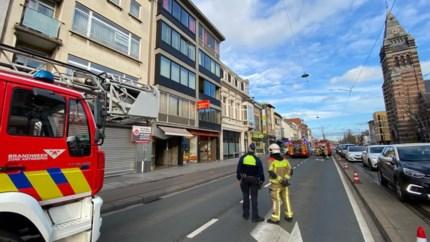 Twee personen met brandwonden naar ziekenhuis na steekvlam tijdens renovatie