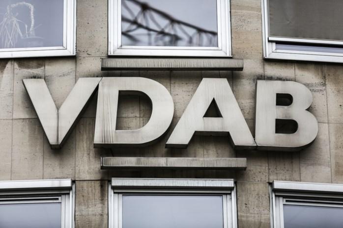 VDAB beloont privé-investeerders die langdurig zieken aan de slag krijgen na succesvol project in Antwerpen