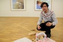 """Twintig kunstenaars stellen vragen over identiteit: """"Ik ga me nergens nog thuis voelen"""""""