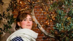 """Antwerpse Fien Germijns (24) klaar voor haar Warmste Week: """"Eigenlijk ben ik maar een simpele duif"""""""