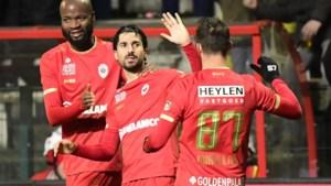 Refaelov trapt Antwerp naar 16 op 18, een unicum onder Bölöni