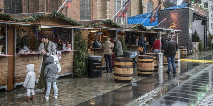 Wintersalon officieel open: regen en koude, maar toch vooral gezellige eindejaarssfeer