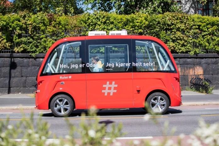 DISCUSSIE. Een computer achter het stuur: zou jij je verplaatsen in een zelfrijdende bus?