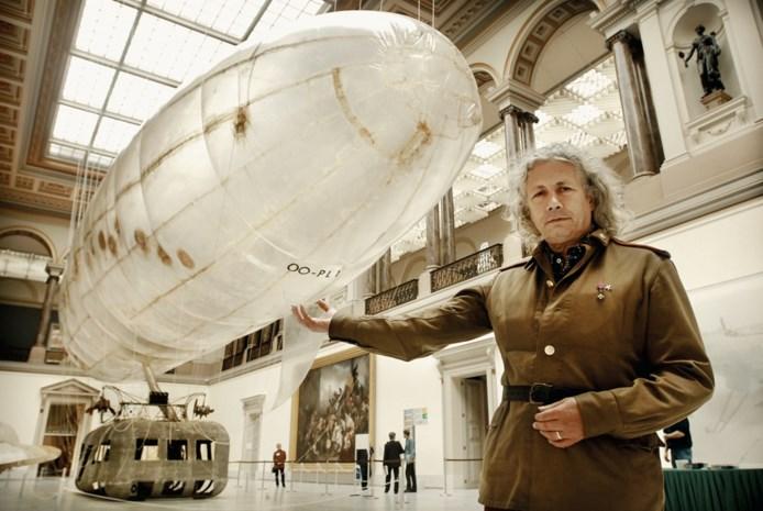 """Onze kunstkenner neemt afscheid van Panamarenko: """"Vaarwel listige vogel, vlieg nu maar"""""""