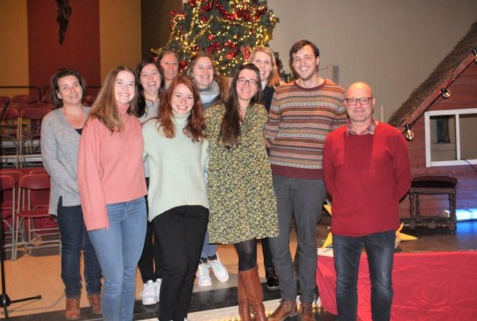 """Oud-leerlingen De Ark blazen vergane kersttraditie nieuw leven in: """"Laatste kerstspel als hommage aan onze kerk"""""""