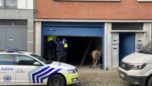 Ondergelopen kelder legt grote wietplantage bloot in Deurne