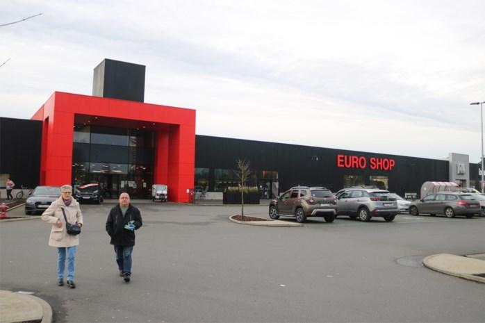 """Na zoveelste inbraak is uitbater bekend warenhuis het beu: """"40.000 euro kwijt"""""""