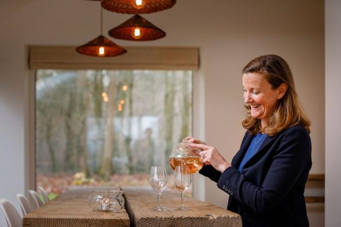 """Theesommelier schrijft boek over het combineren van thee bij gerechten: """"Thee is meer culinair dan een glas wijn"""""""