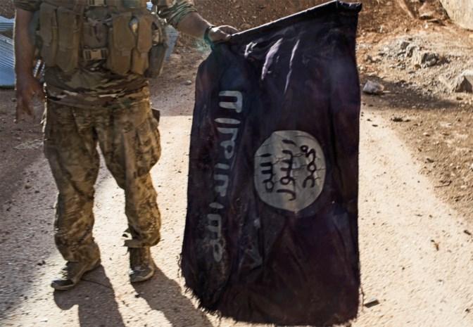 Twee Antwerpse IS-weduwes veroordeeld tot gevangenisstraffen van 4 jaar en 40 maanden
