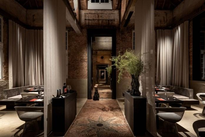 """Nieuw restaurant opent in voormalig koetshuis: """"Gasten ontvangen in een heel eigen wereld"""""""
