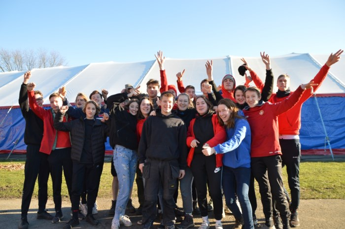 KLJ verwacht 1.500 feestvierders om oudejaarsnacht te vieren in Zoersel: topact is Ronny Retro