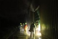 Verfgroothandel getroffen door zware brand