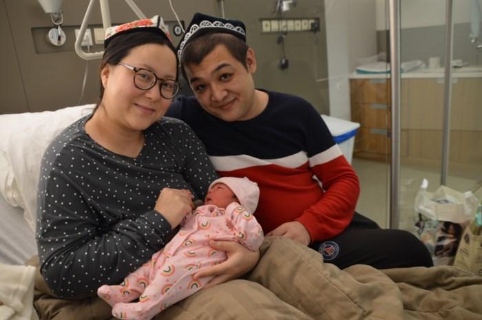 """De eerste baby's van het jaar: """"Liever 2020 dan 2019, want dat is een mooi rond geboortejaar"""""""