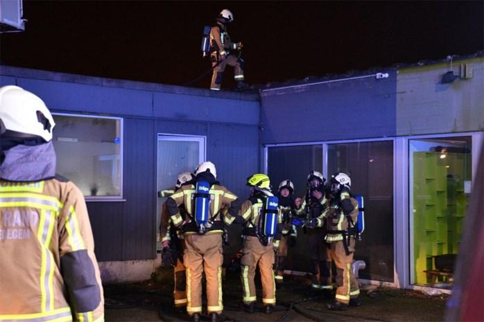 Brand in droogkast zorgt voor zware schade in massagesalon