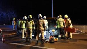 Zwaar ongeval op E34 richting Antwerpen: verkeer over pechstrook