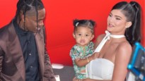 Kylie Jenner werkt aan nieuwe make-upcollectie met...eenjarige dochter Stormi