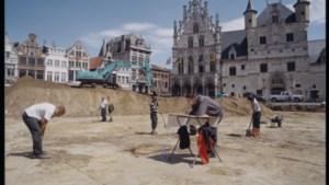 """Historische Grote Markt evolueerde van parking tot evenementenstek: """"Wel spijtig dat Margareta oude plek niet terugkreeg"""""""