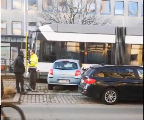 Tramverkeer even verstoord na botsing in Deurne