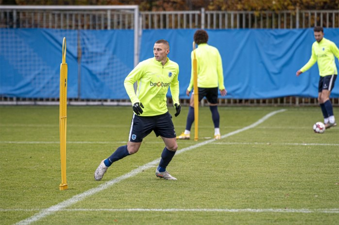 Waasland-Beveren huurt Genk-middenvelder Piotrowski tot einde van het seizoen