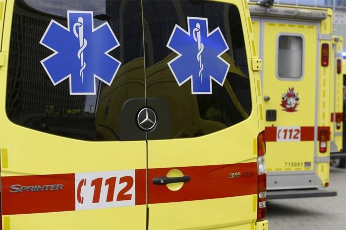 Vrouw uit Heist raakt gewond door wagen die in brand schiet en ontploft