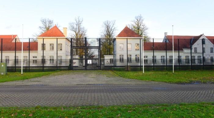Man die via gat in muur uit gevangenis Wortel vluchtte, gevat in Nijmegen