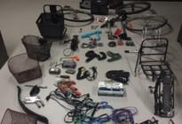 Huiszoeking leidt tot hele resem gestolen fietsen in Seefhoek
