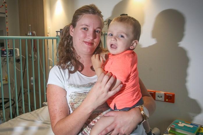 """Laatste immuuntherapie voor kankerpatiëntje Mathis: """"Wij betaalden 50 in plaats van 182.000 euro"""""""