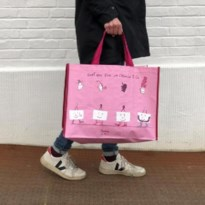Opnieuw & Co bedankt alle gevers met een gratis draagtas