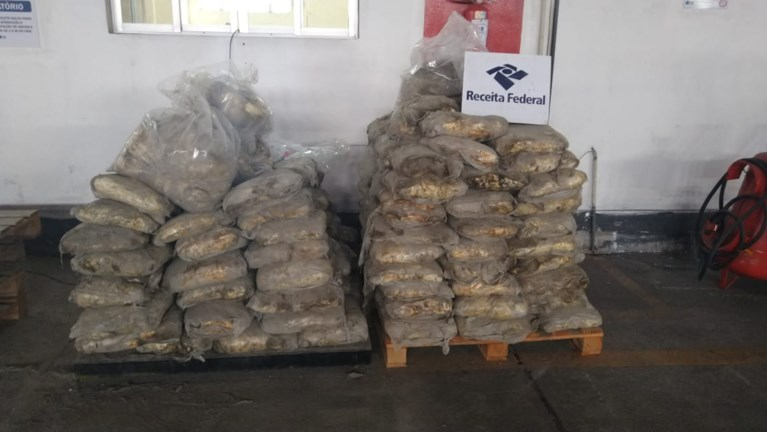 Almost tons of cocaine destined for Antwerp intercepted