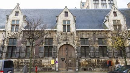 Het Knechtjeshuis, verborgen parel in de stad: van straatarm knechtje tot diamantslijper