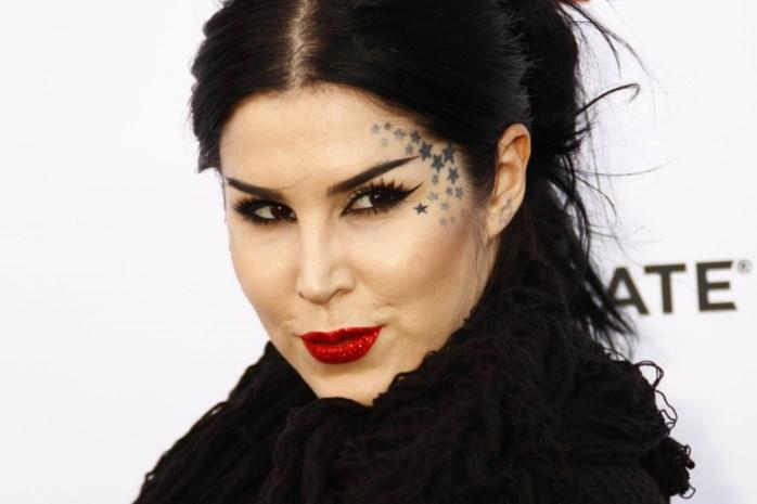 Kat Von D verkoopt make-uplijn