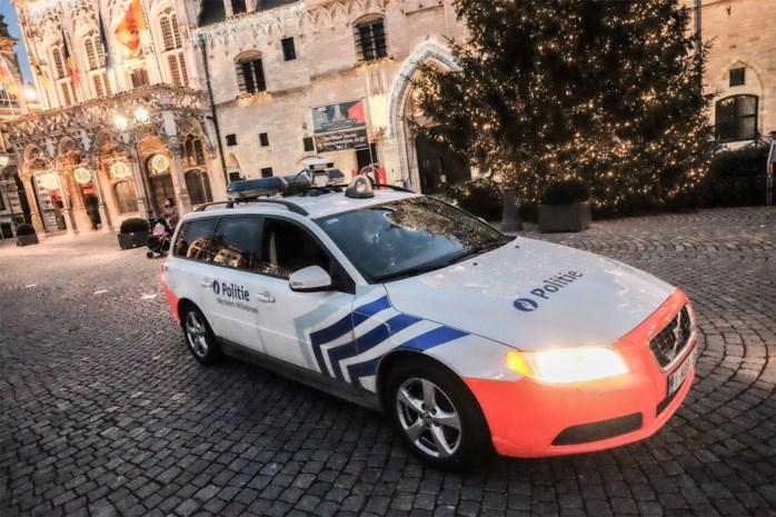 Man besteelt taxichauffeur maar wordt ingerekend na zoekactie politie