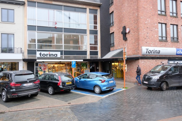 """Supermarkt Torina houdt uitverkoop en sluit weldra de deuren: """"We gaan het hier missen"""""""