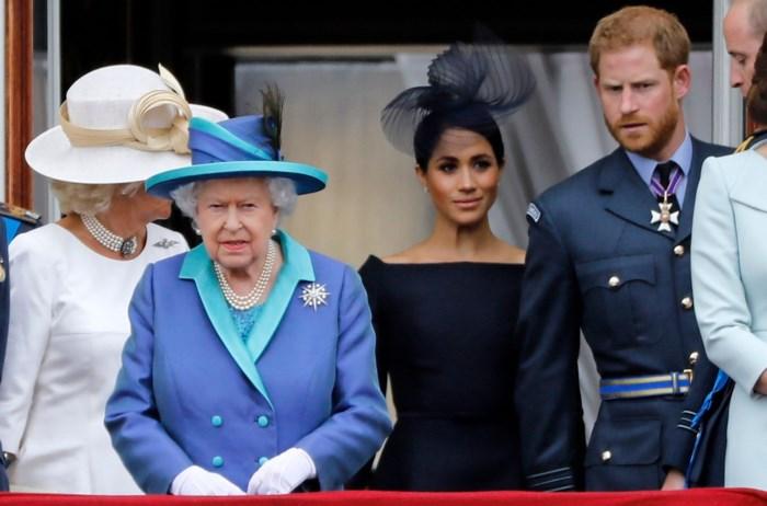 Prins Harry en Meghan Markle doen afstand van hun koninklijke titels en krijgen geen toelage meer
