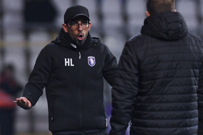 """Hernan Losada toch tevreden na nieuw gelijkspel: """"We speelden beter dan vorige week"""""""
