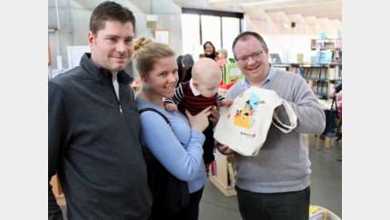 """Nieuwe babyhoek in bibliotheek: """"We hebben nu een aanbod van 0 tot 100 jaar"""""""