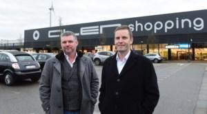 """Van Wooncentrum Van de Ven naar Olen Shopping Park: """"Parkeren voor deur blijft troefkaart"""""""