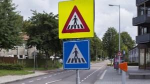 DISCUSSIE. Moet Vlaanderen geslachtsvrije verkeersborden invoeren?