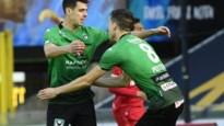 LIVE. Antwerp knokt terug: penalty binnen en rood, maar Refaelov scoort snel 1-1